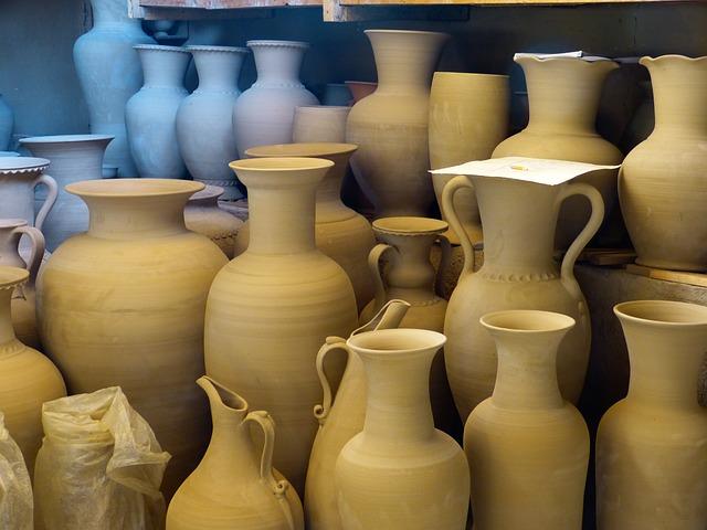 nádoby z keramiky