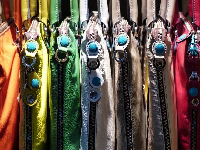výběr kožených tašek