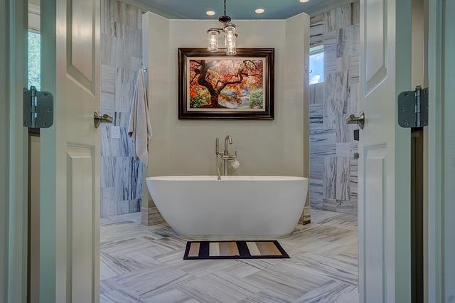 luxusní koupelna s vanou