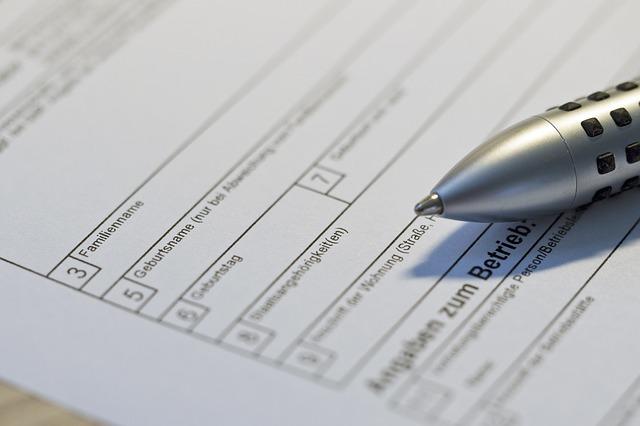 formulář a propiska