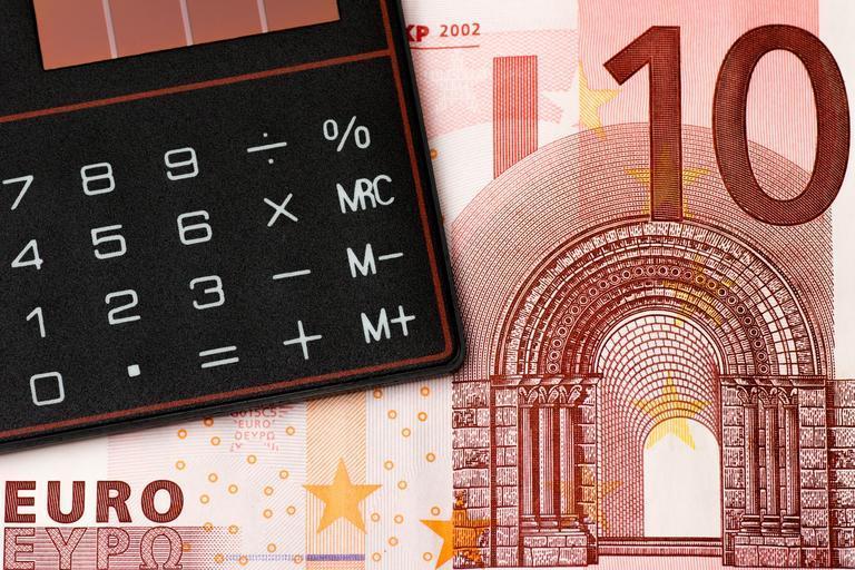 eurovka 10 a na ní je kalkulačka
